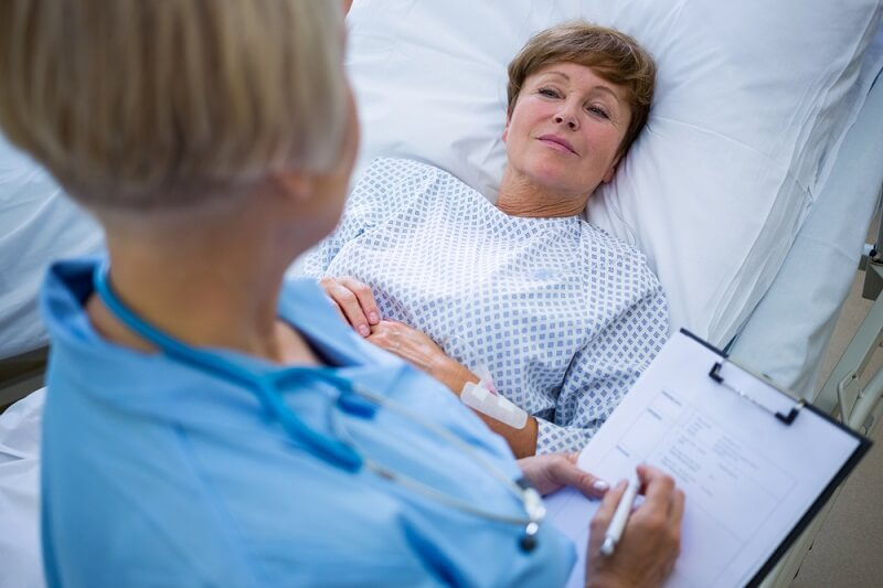 can female patients wear a bra during echocardiogram procedure